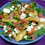 Salade nuggets de dinde panée à la feta